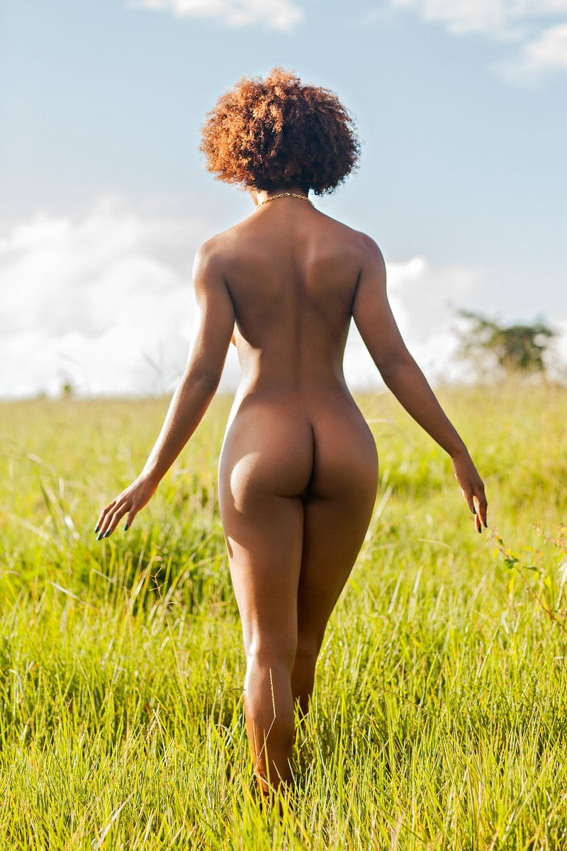 mix-booty-nude-woman