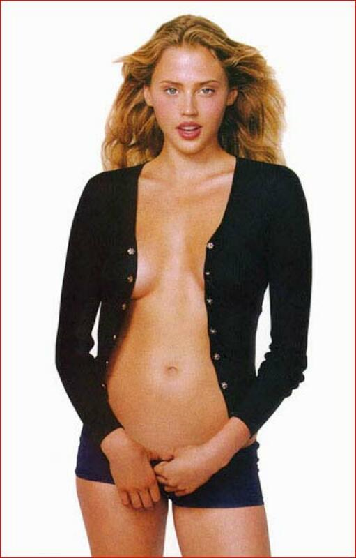 Estella warren ass — pic 14